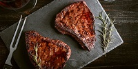 How to Cook a Romantic Steak Dinner for Two